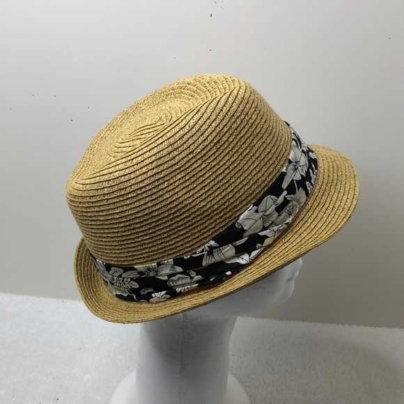 Nine west straw hat with black and white ribbon